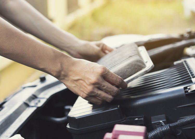 Easy Car Maintenance You Can Do Yourself