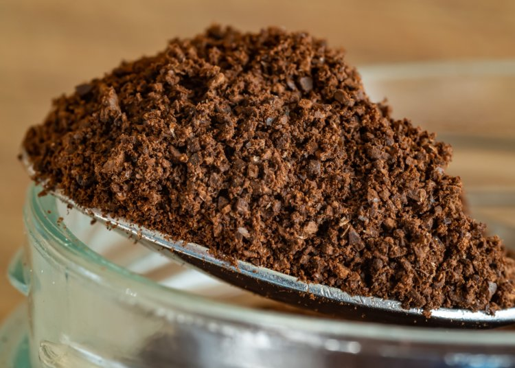 15 Best Uses of Coffee Grounds