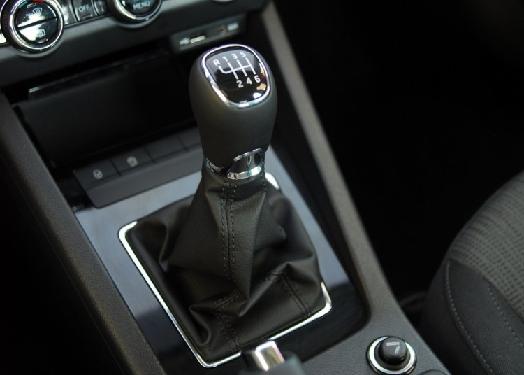 Tips for Maintaining a Vehicle With a Manual Transmission