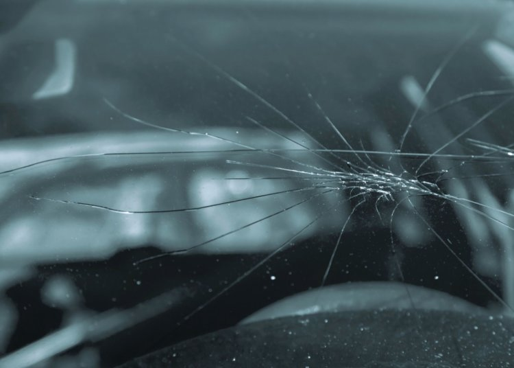 Common Causes of Cracked Car Windshields